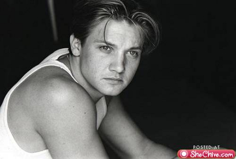 eye-candy-jeremy-renner-7